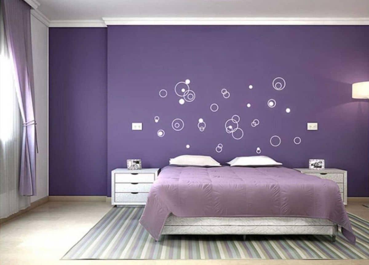 اللون البنفسجي لغرف النوم