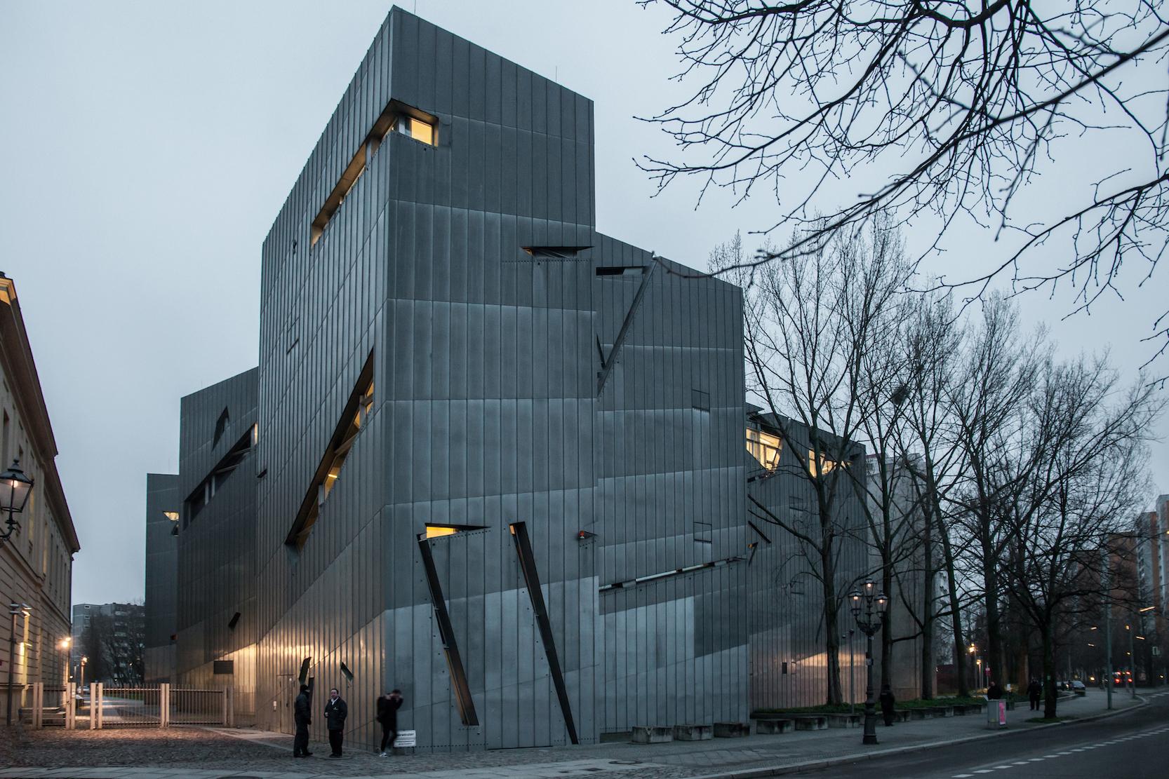 تصميمات المتاحف والمتحف اليهودي في ألمانيا - معماري