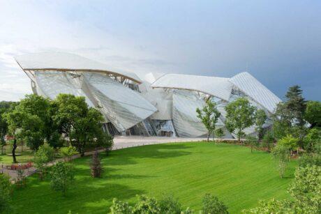 مؤسسة لويس فويتون في فرنسا تصميمات المتاحف