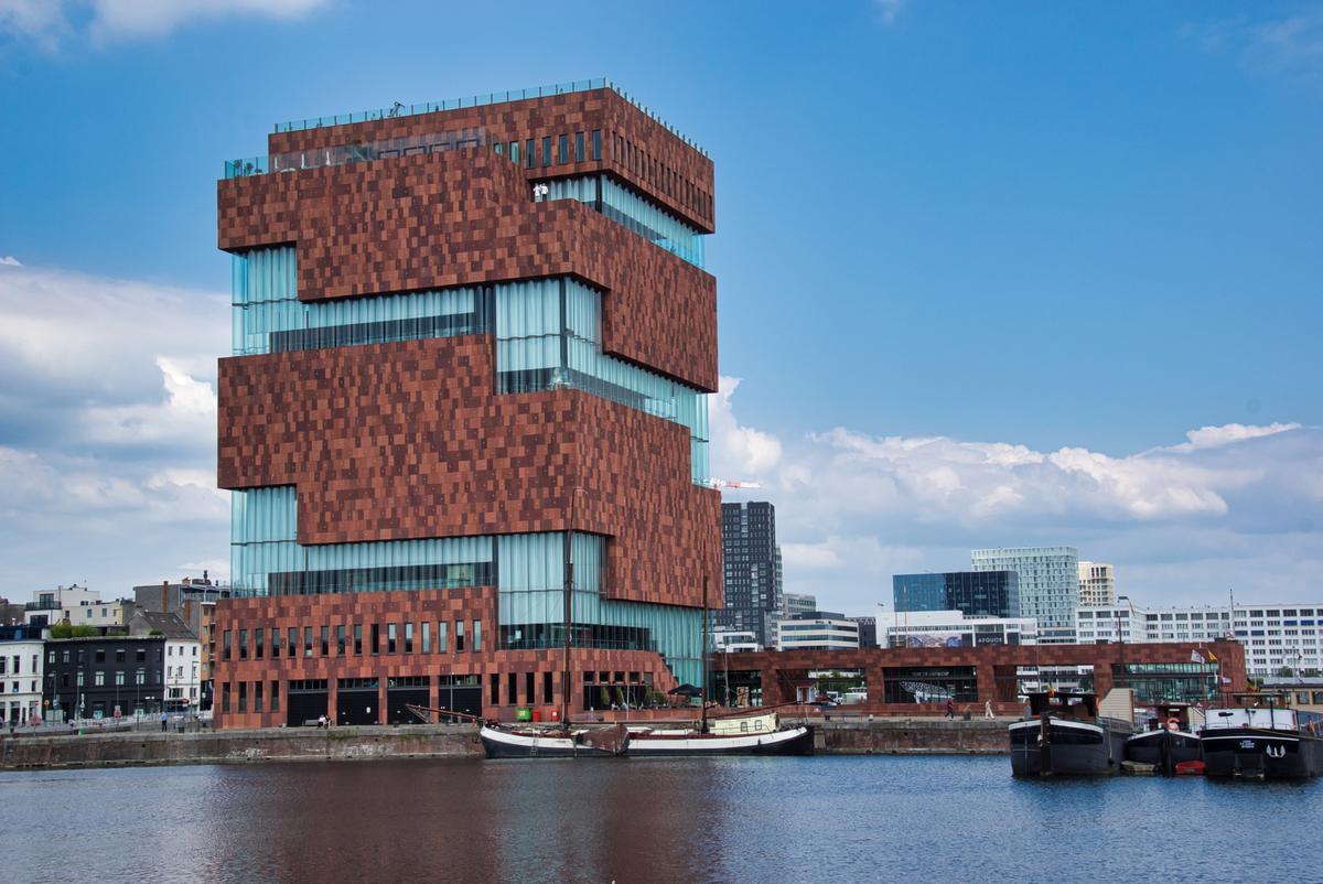 متحف آن دي ستروم في بلجيكا تصميمات المتاحف - معماري