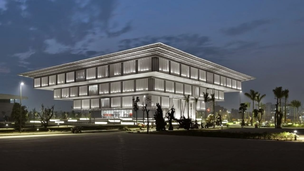 متحف هانوي في فيتنام تصميمات المتاحف - معماري
